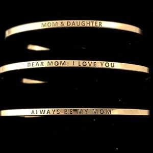 Jewelry - I LOVE MOM SET